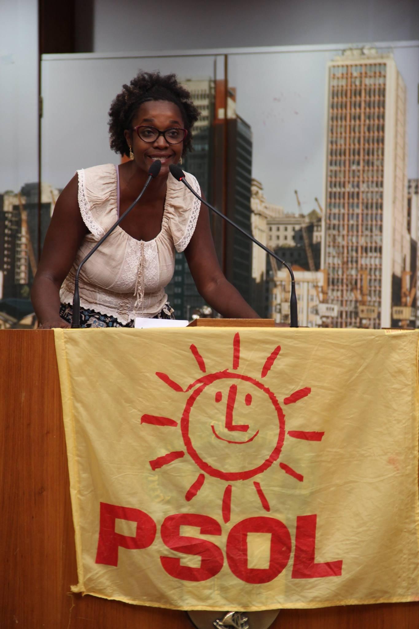 """Winnie Bueno (MES) fala sobre a luta contra o racismo e a defesa do """"povo de terreiro"""""""
