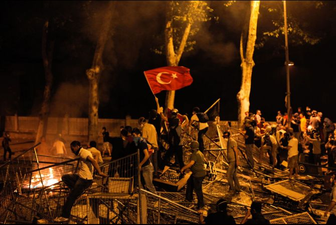 occupy_gezi_taksim_square_turkey_protests_crackdown_15