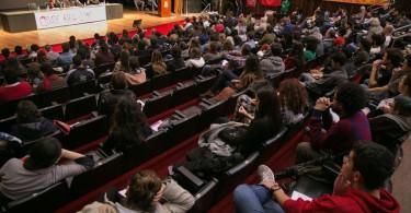 22/06/2015 - PORTO ALEGRE, RS, BRASIL - Cidade para quem? Evento na Assembleia discute a questão da moradia - Foto: Guilherme Santos/Sul21
