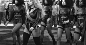 beyonce-dancers-superbowl-black-panthers-2016