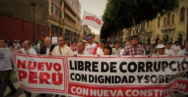 Coluna do Movimiento Nuevo Perú - Lima/Peru. FOTO: Bernardo Corrêa